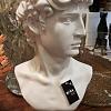Escultura resina busto masculino
